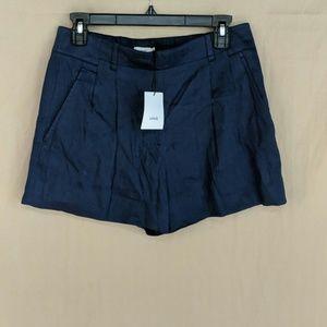 BRAND NEW! VINCE navy blue linen shorts size 4